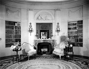 Image of Oval Room