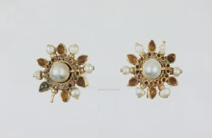 Image of Pair of Earrings with Pearls and Garnets