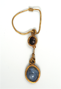 Image of Earring with Ruby and Sapphire