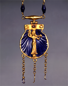Image of Necklace with Pendant of Aphrodite Anadyomene
