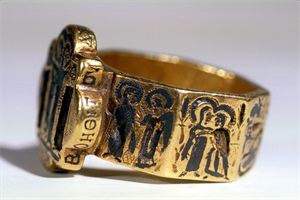 Image of Octagonal Marriage Ring with Holy Site Scenes