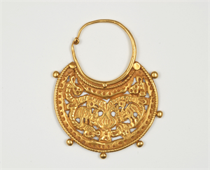 Image of Crescent Earring with Facing Birds