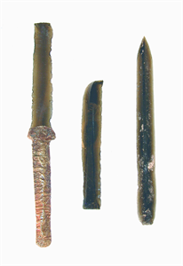 Image of Obsidian Blades with Gold Handle